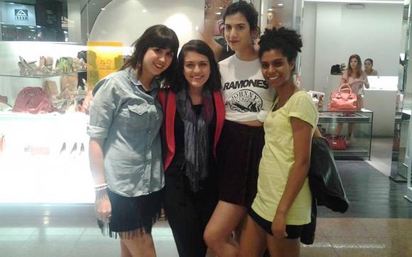 Gabi e Nina com Fernanda Catânia e Christiane Silva Pinto