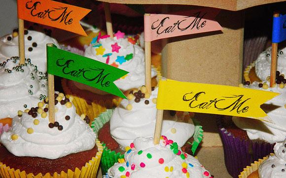 cupcakes alice no pais das maravilhas 15 anos