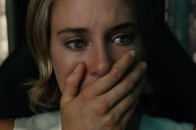 allegiant-woodley-crying