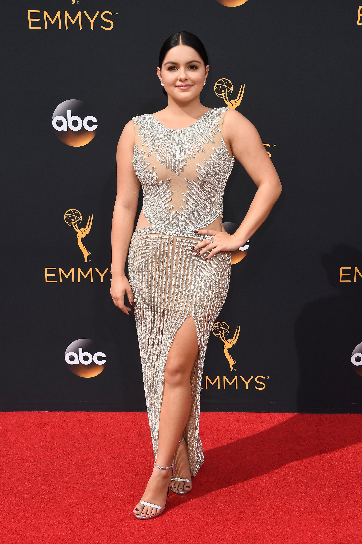 Ariel Winter usou modelito na edição de 2016 do Emmy. Foto: