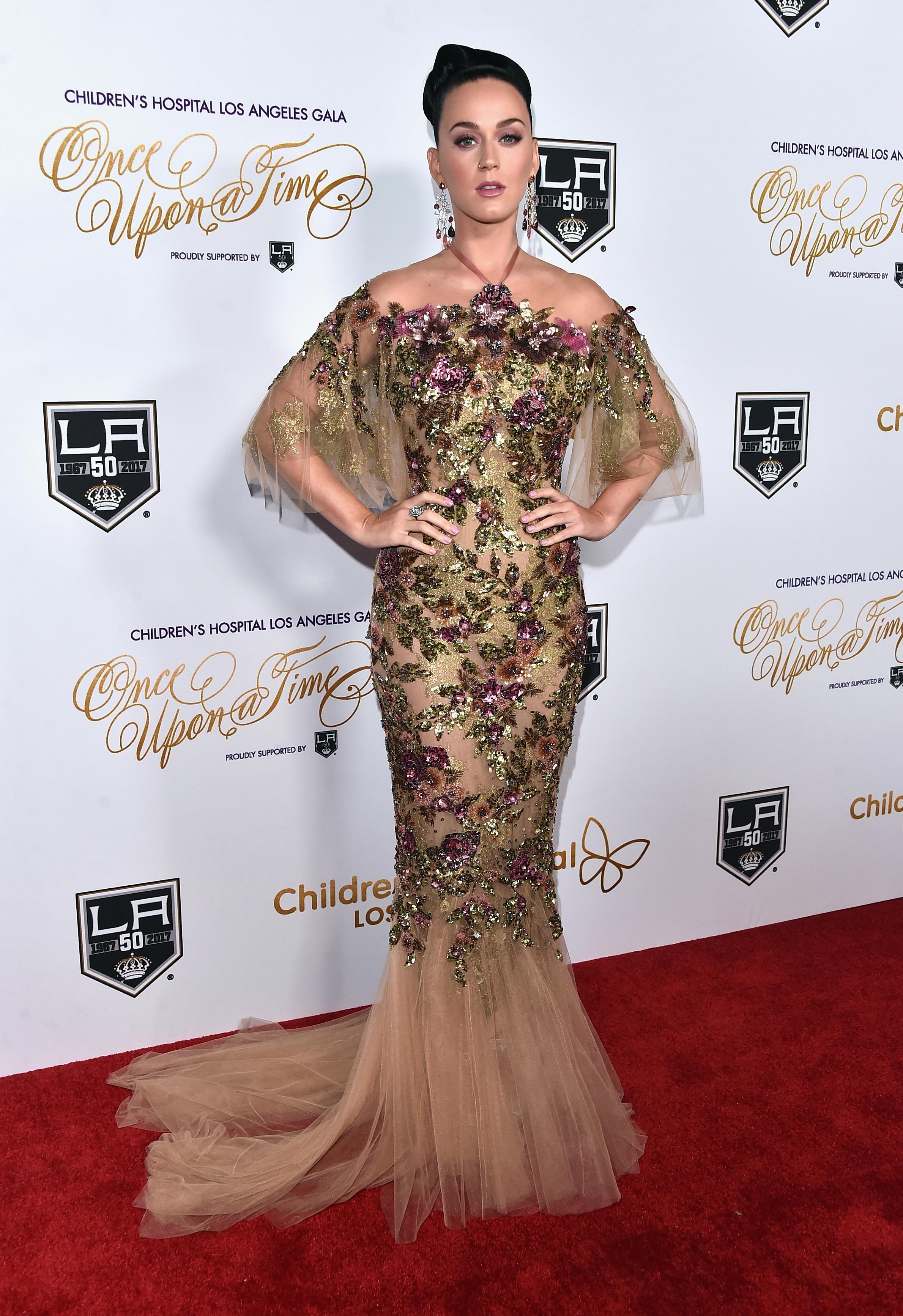 Com tule e brilhos, o vestido de Katy Perry é digno de conto de fadas! Foto: