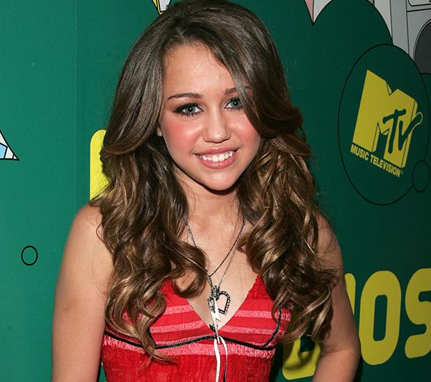 Miley Cyrus cabelos