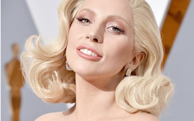'É um esforço diário', desabafa Lady Gaga sobre doença mental