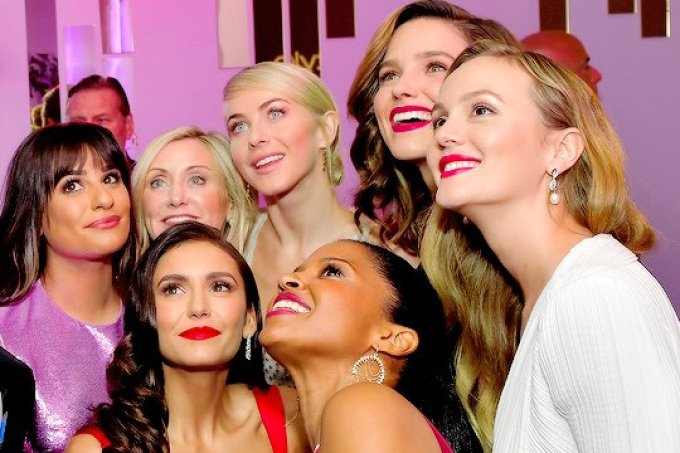 globo-de-ouro-reuniu-glee-vampire-diaries-gossip-girl-selfie