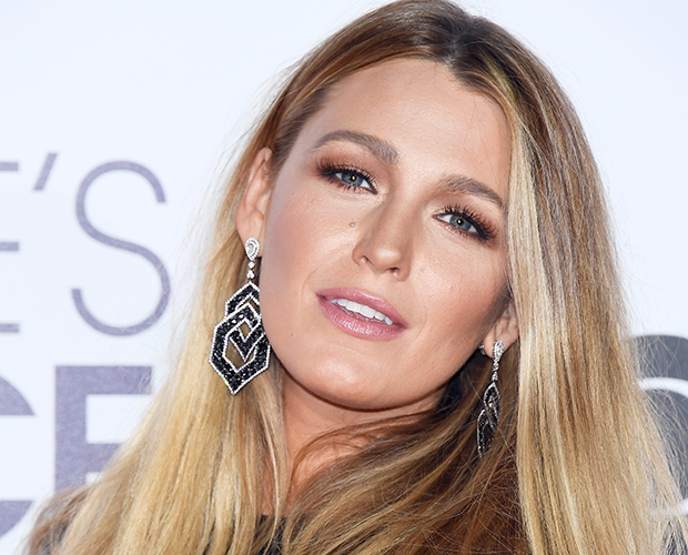 peoples-choice-awards-blake-lively