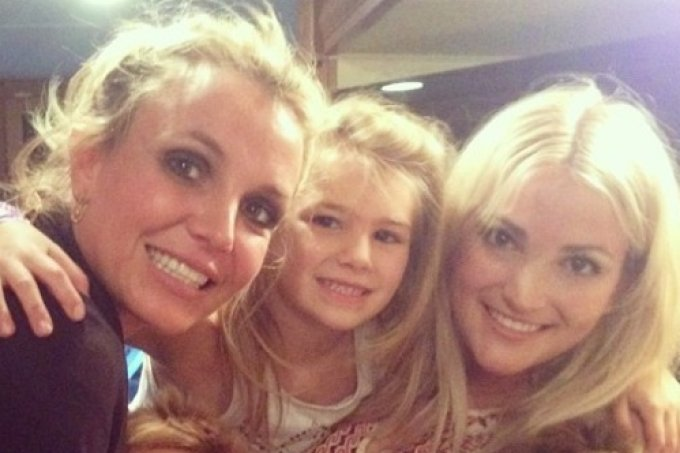 britney-spears-and-family