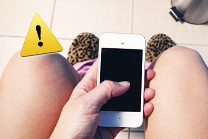 Nada saudável: Pense duas vezes antes de levar seu celular ao banheiro!