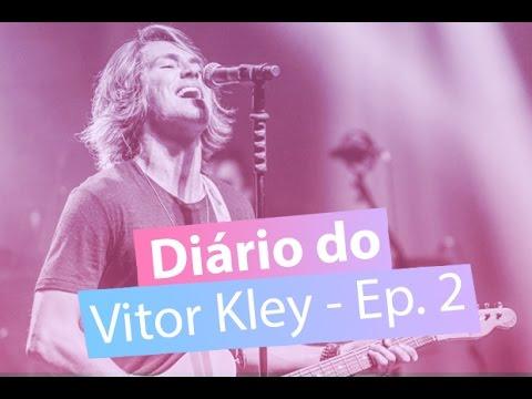Vitor Kley ouve sua música pra rádio e a reação é muito amor