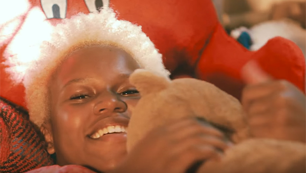 Jessica Martins usa o sambarock para inspirar outras garotas