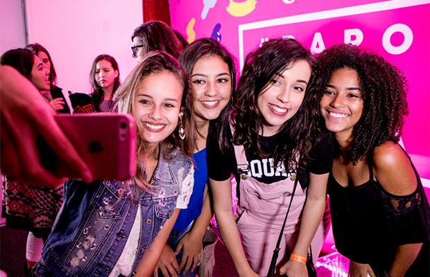 Bruna Vieira e Indiretas do Bem em um #PapoDeAmiga sobre bullying
