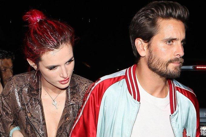 Bella Thorne e Scott Disick aparecem de mãos dadas em festa
