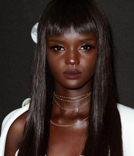 Duckie Thot modelo barbie