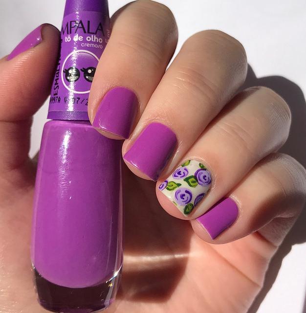 Filha única roxa com flor lilás