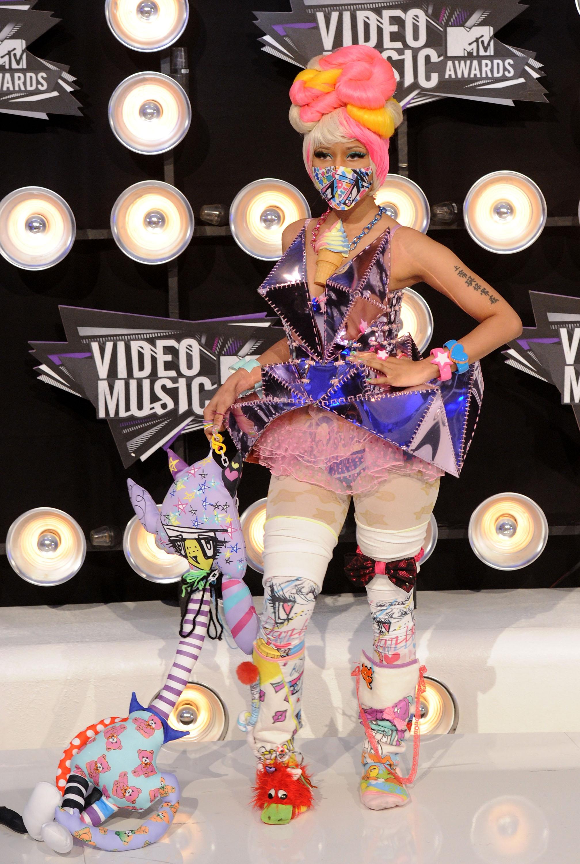 6 looks bem diferentões que já passaram pelo red carpet do VMA   Capricho