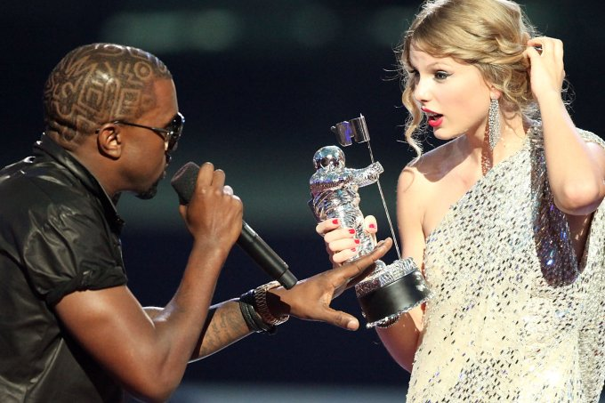 taylor-swift-vs-kanye-west-vma-2009