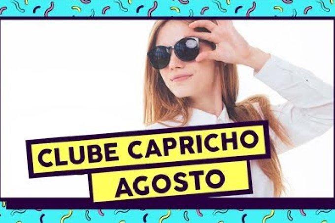 Tem óculos de sol no Clube Capricho de Agosto