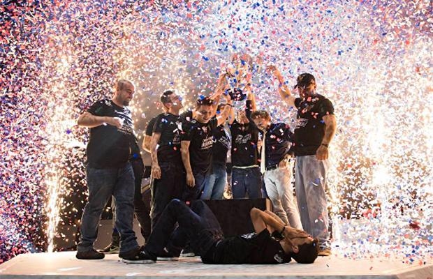 Azarão Team One vence final do CBLoL em Belo Horizonte