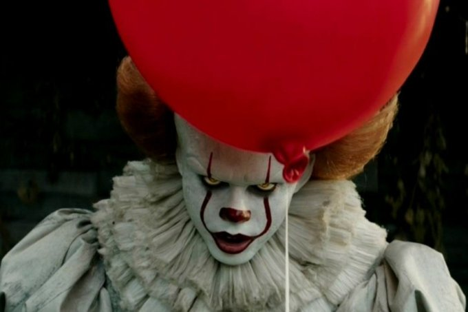it-a-coisa-pennywise-palhaco