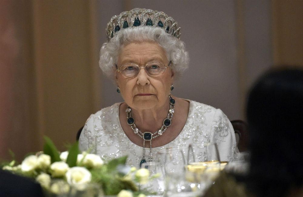 rainha-elizabeth-ii-nao-gosta-de-alho