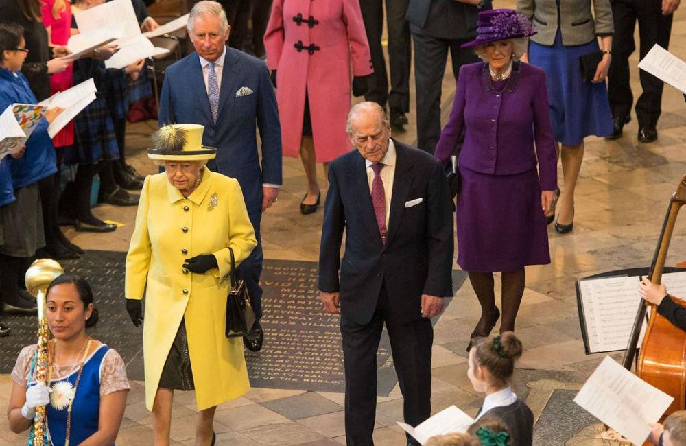 rainha-elizabeth-look-amarelo
