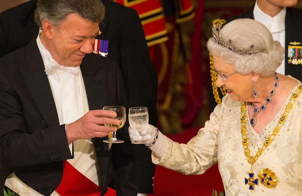 rainha-jantar-presidente-santos