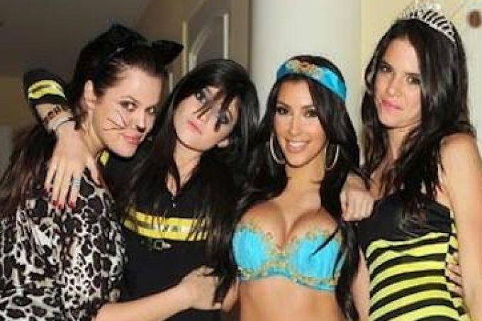 irmãs kardashian fantasia halloween