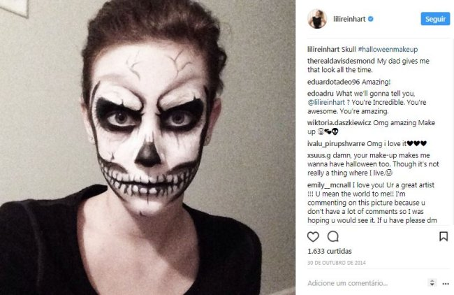lili-reinhart-caveira-maquiagem-halloween