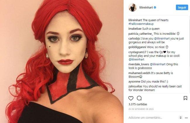 lili-reinhart-rainha-de-copas-maquiagem-halloween