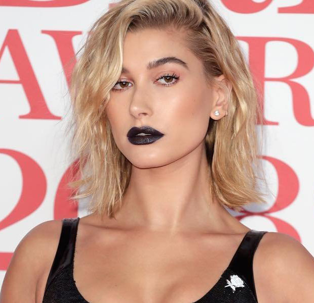 makes-halloween-famosas-hailey-baldwin
