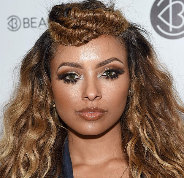 makes halloween famosas kat graham