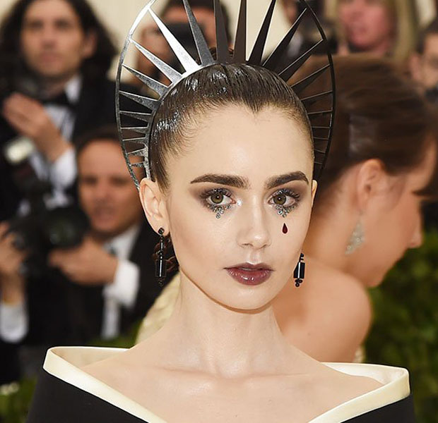 makes-halloween-famosas-lily-collins