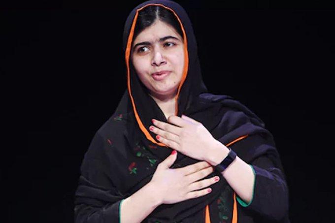 Malala comemora 1º dia de aula em Oxford 5 anos após ser baleada