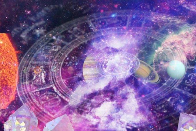 A CAPRICHO quer saber: você acredita em horóscopo?