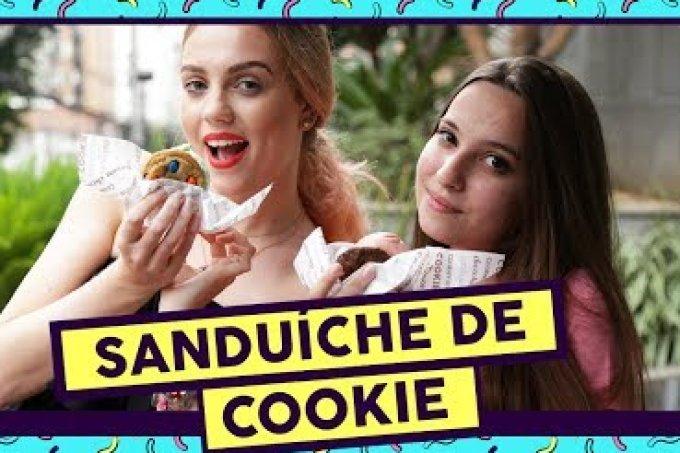 Experimentamos o famoso sanduíche de sorvete com cookie!
