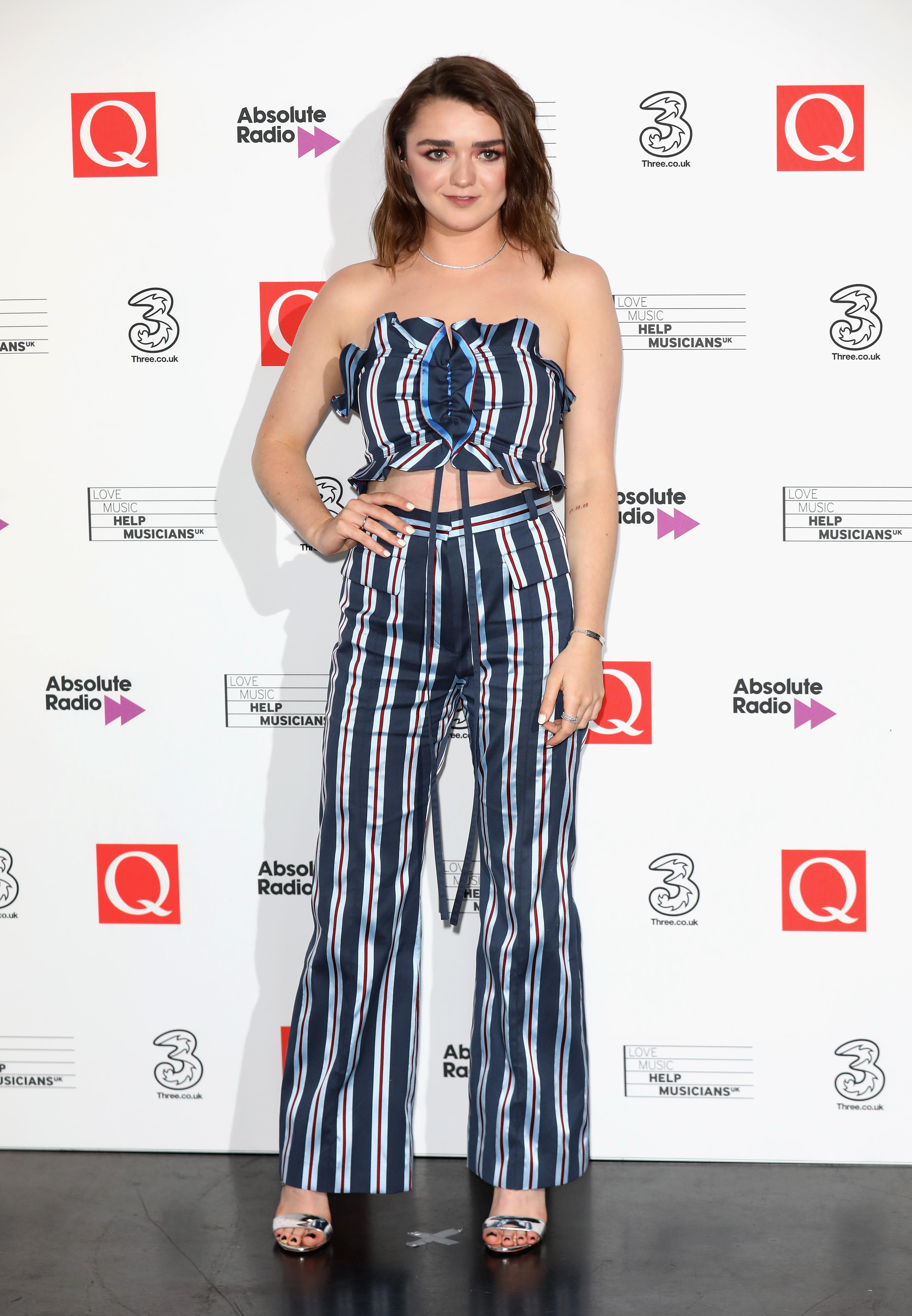 look-do-dia-Maisie-Williams