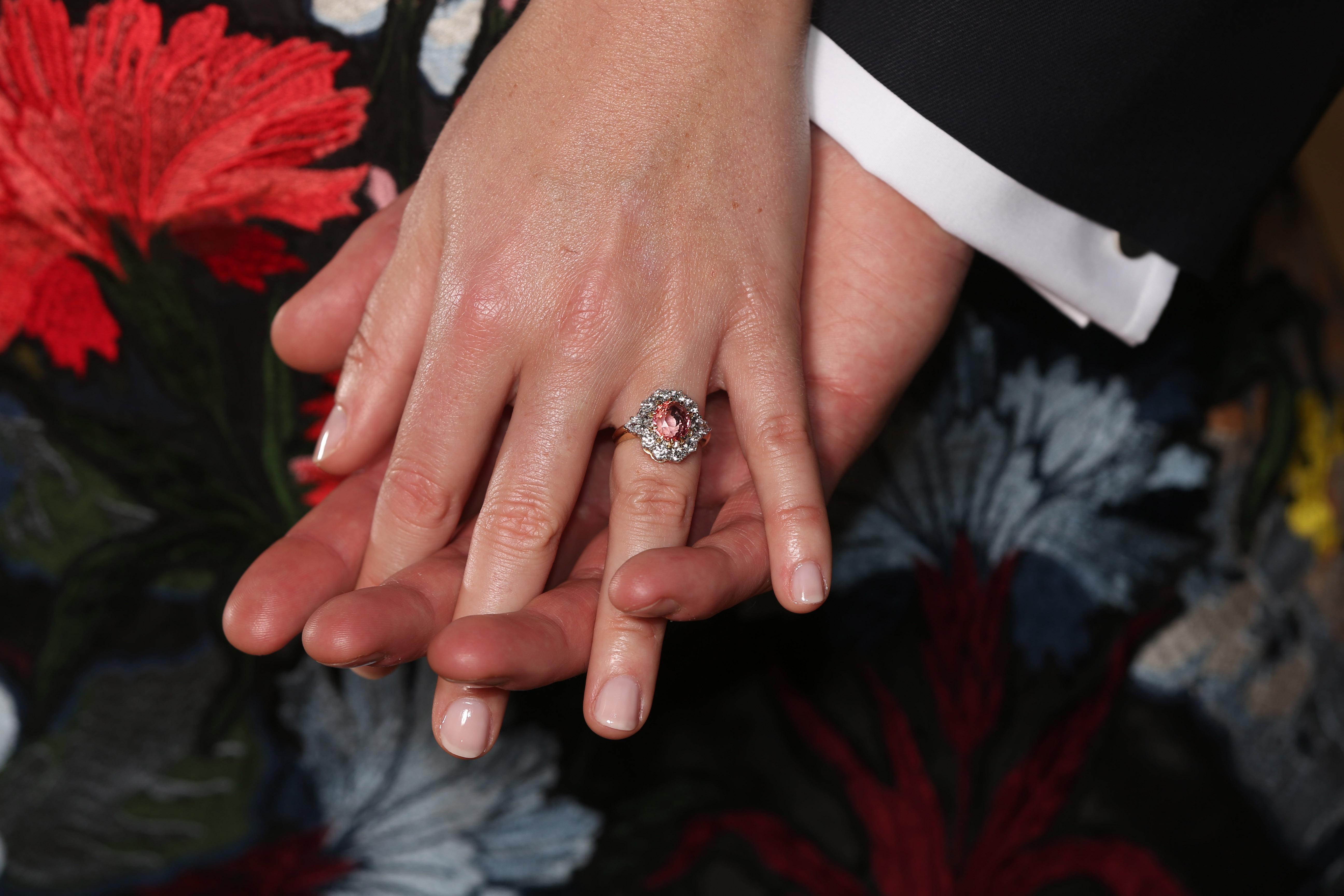 princesa-eugenie-anel-de-noivado