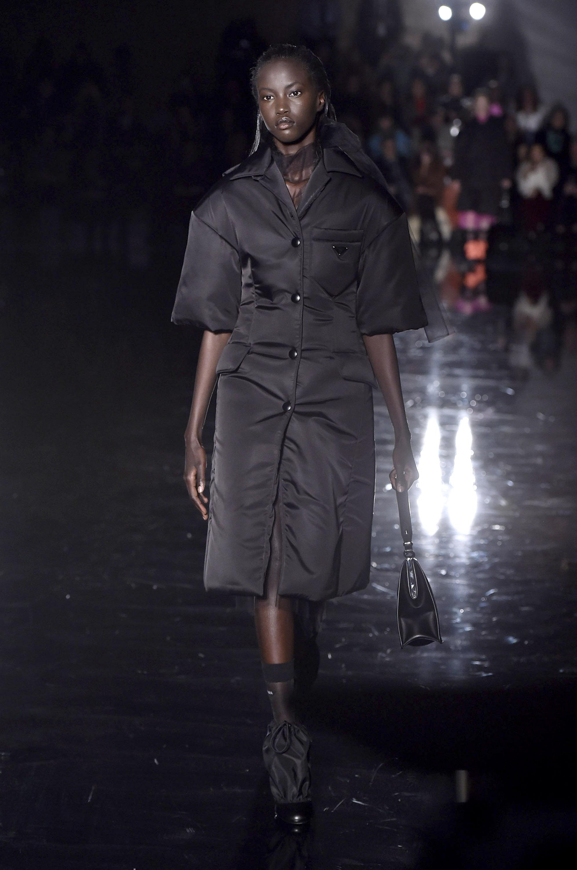 modelo-negra-desfile-prada