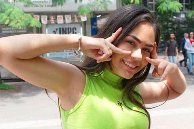 YouTuber de 14 anos é baleada ao voltar de evento no Paraná