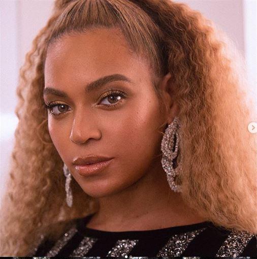 Maquiador de Beyoncé revela segredo da pele iluminada da cantora | Capricho