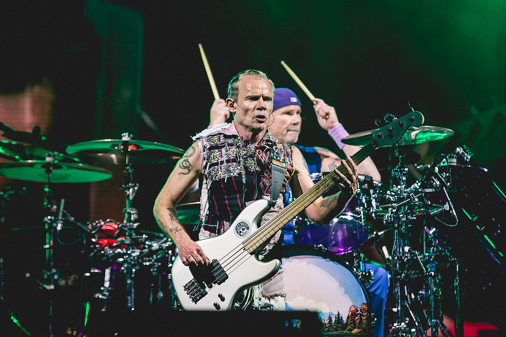 flea-chad-red-hot-chili-peppers-lollapalooza-brasil-2018