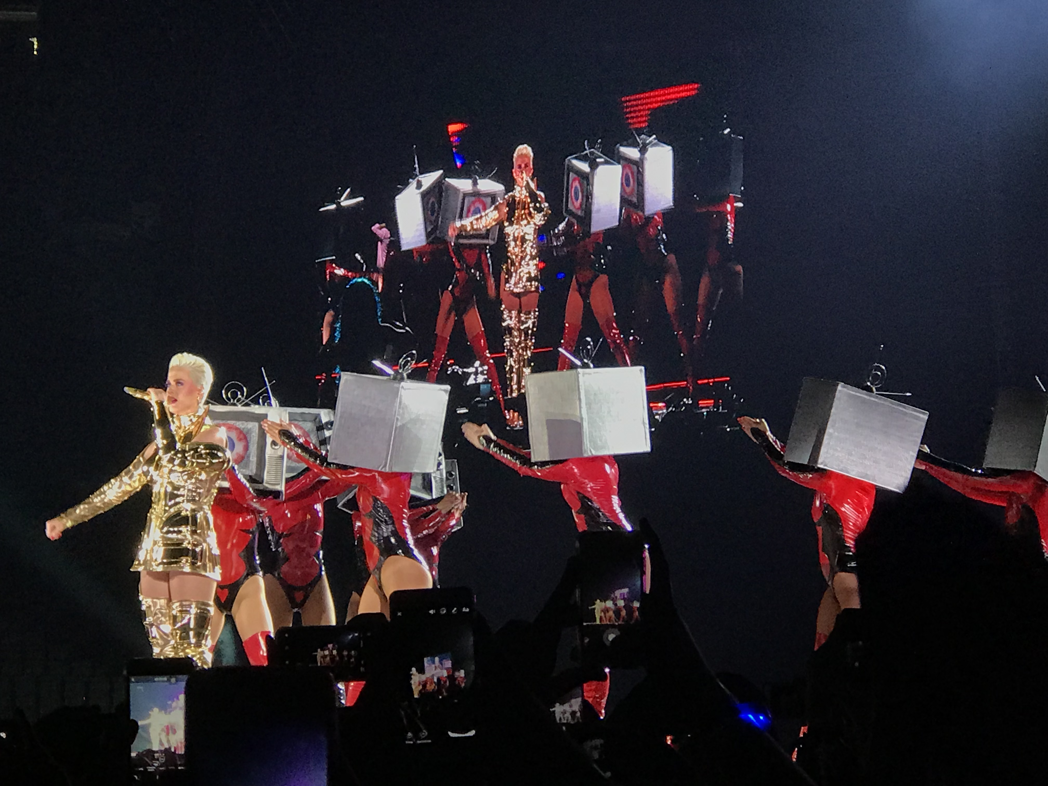 katy-perry-show-sp6