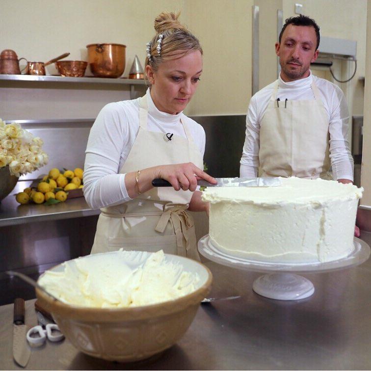bolo-casamento-meghan-markle-principe-harry