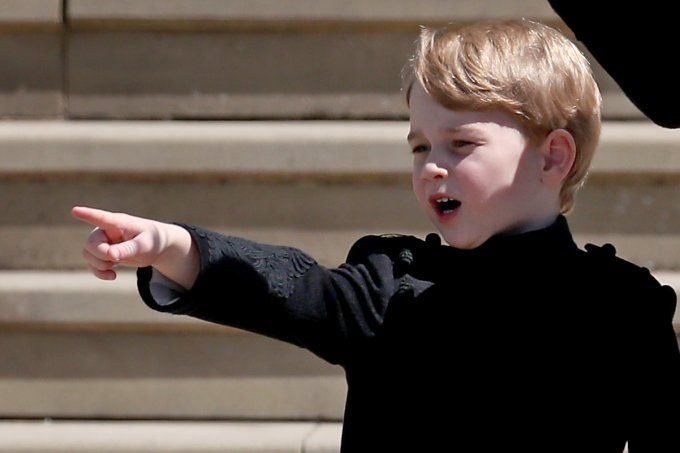 principe-george-de-calças-casamento-meghan-harry