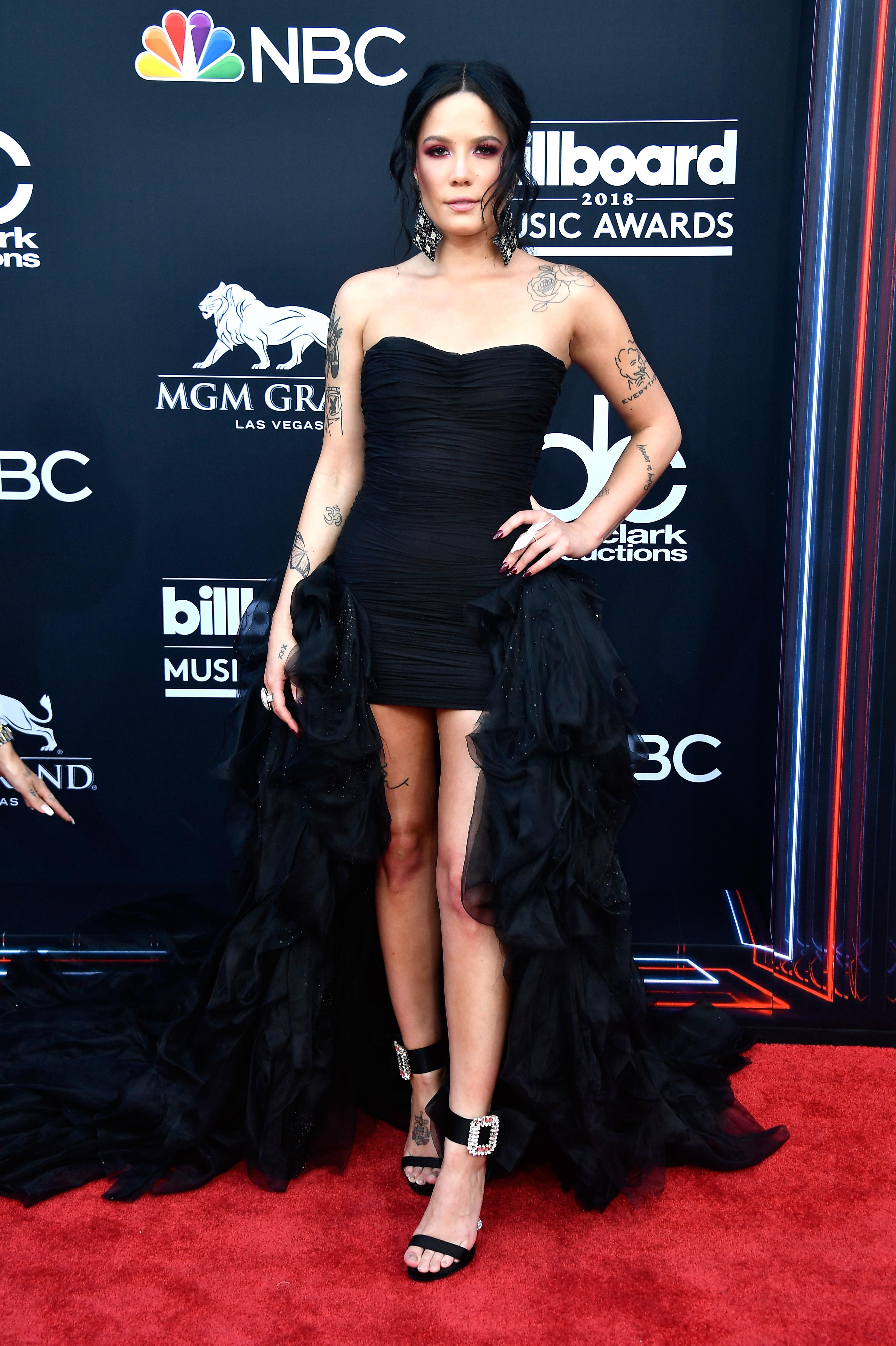 halsey-look-2018-Billboard-Music-Awards