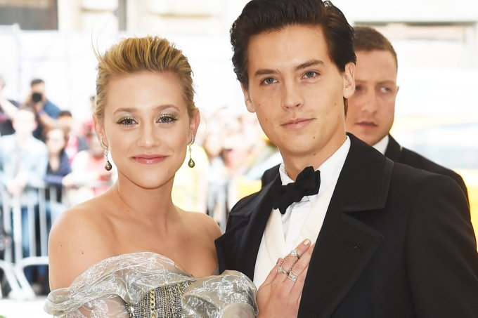 Lili-Reinhart-Cole Sprouse-met-gala-2018 (1)