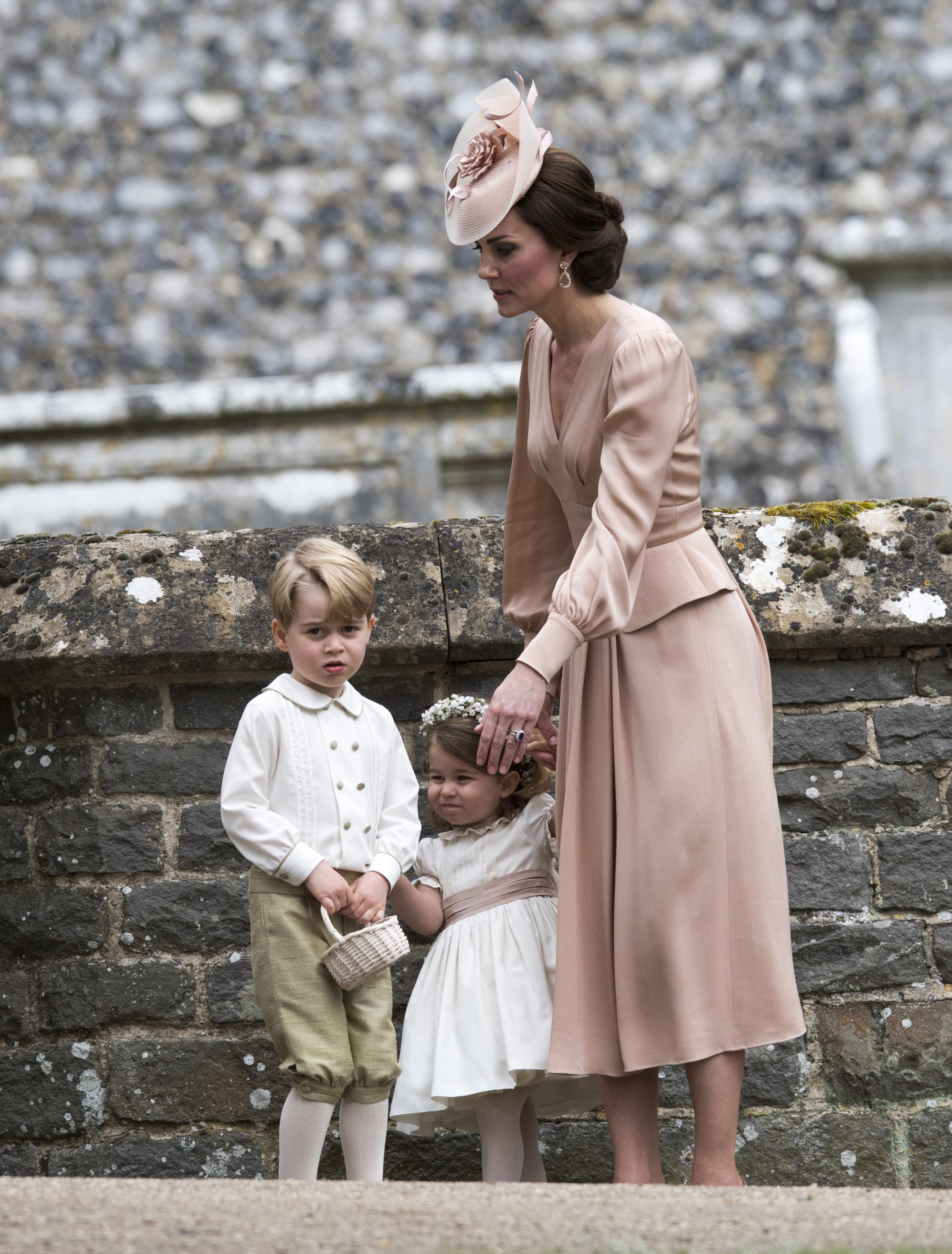 principe-george-princesa-charlotte-casamento-pippa-middleton