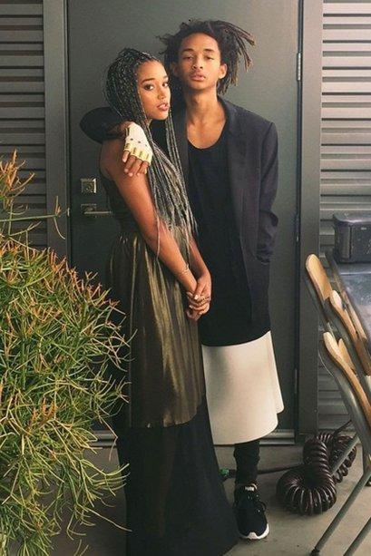 A Amandla Stenberg foi com um vestido supermoderno, em preto e dourado. E seu par era o Jaden Smith! Fofos!