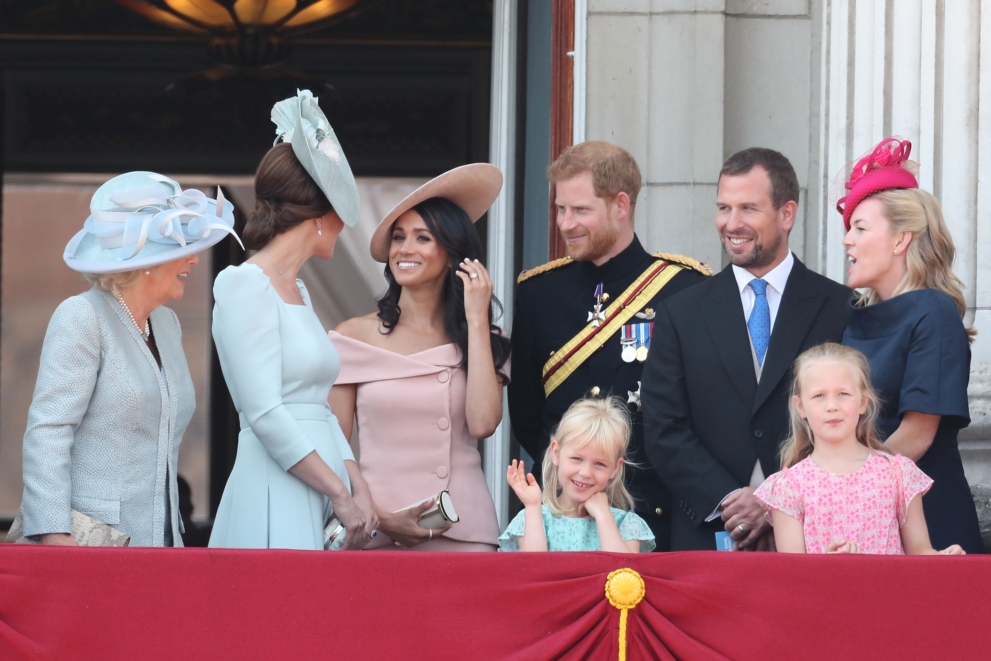 familia-real-meghan-markle-trooping-the-colour