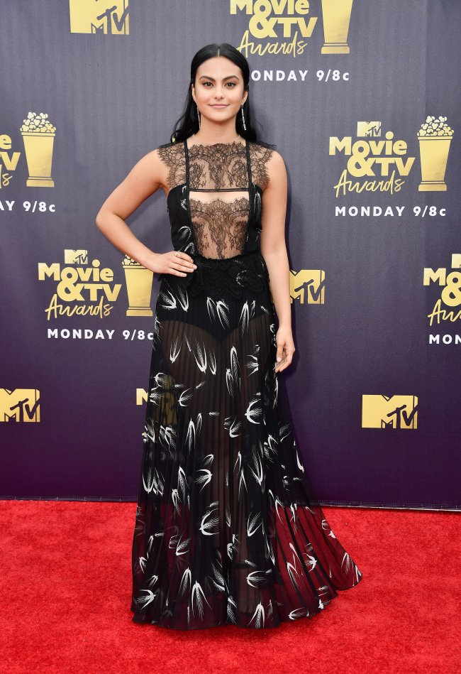 camila-mendes-mtv-movie-and-tv-awards