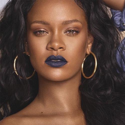 maquiagem-copa-do-mundo-batom-azul-rihanna